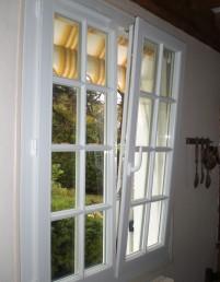 Une fenêtre en PVC de salon
