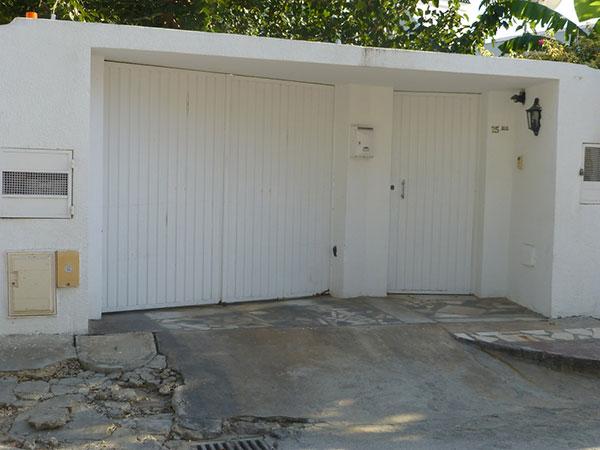 Une porte de garage coulissante Val d'Oise (95)