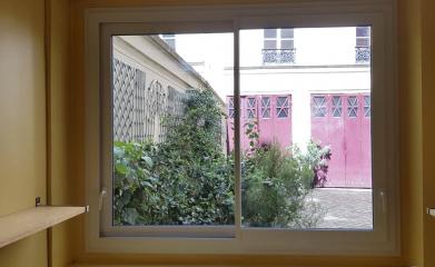 Installation porte baie vitrée coulissante PVC 95 image 3