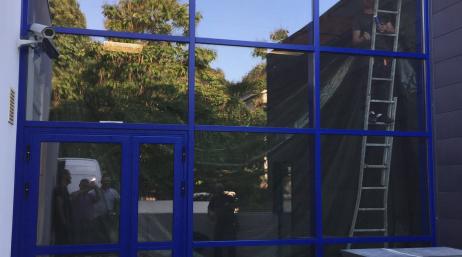 Installation façade vitrée bureaux