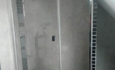Pose d'un pare douche vitré sur mesure 95 image 7