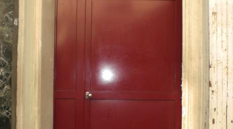 Pose et remplacement d'une porte d'entrée en acier