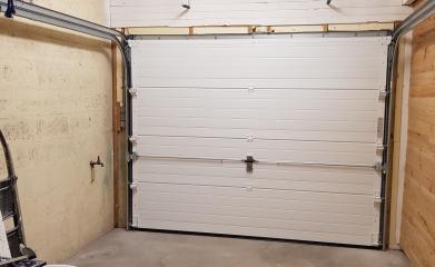 Installation porte de garage sectionnelle 95 image 3