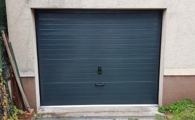 Remplacement porte de garage sectionnelle 95 image 3