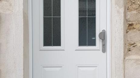 Remplacement d'une porte d'entrée par une porte alu