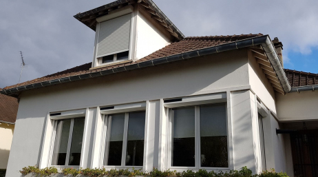 Installation volets roulants maison habitation
